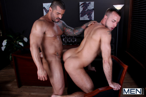 gay-sex-doggy-style