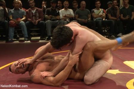 men-wrestle-naked