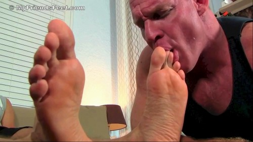 gordons_socks_feet_worshiped_10