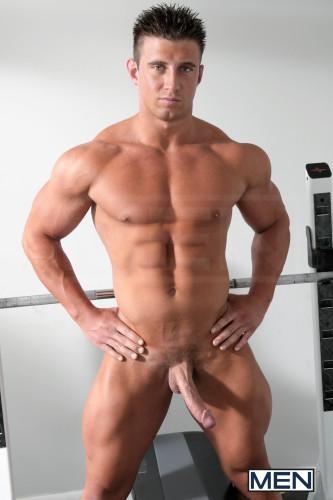 bodybuilder-naked